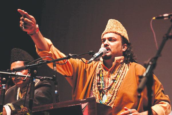 amjad-sabri-1